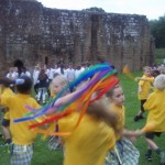 Year 2 Castle Country Dancing